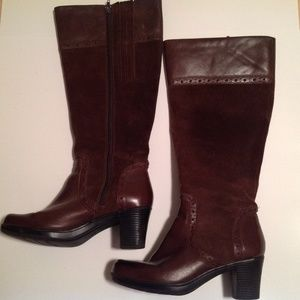 Clarks Woman's Leather/Suede High Boots Size 7.5